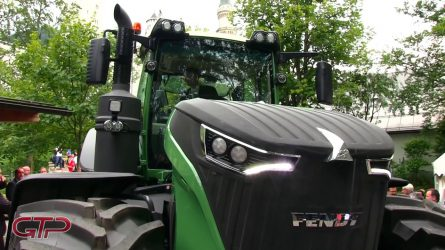 Új Fendt traktor