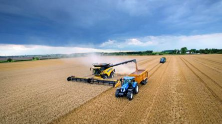 Új világrekordot állított fel a New Holland az aratás területén (+Képek)