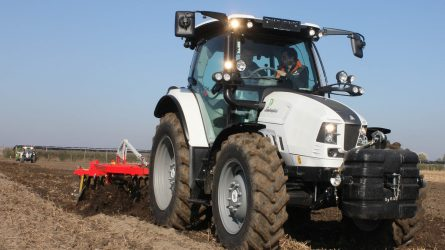 Lamborghini traktor gépbemutató