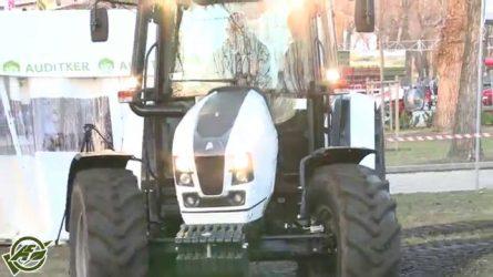 AGROmashEXPO és AgrárgépShow 2015 - Lamborghini tesztvezetés, új Horsch rövidtárcsa