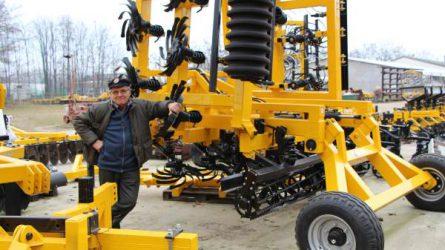Amíg él, mezőgépeket fejleszt - Hazai mezőgépgyártók I.: Busa Bt.