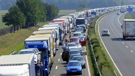 Illegális bevándorlás - FruitVeB: az osztrák közúti ellenőrzés miatt gond lehet az áruszállítással