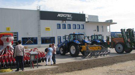 Új cégközpontot avatott az AGROTEC Magyarország Kft. (+KÉPEK)