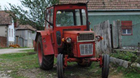 Erdélyben dolgozik a legtöbb traktor és kombájn Románia területén