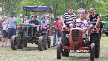 XII. Solymári Traktor Találkozó