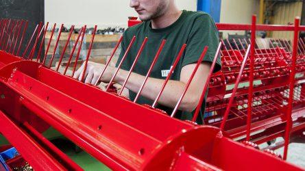 Bővítette kapacitását a csornai mezőgazdasági gépgyártó
