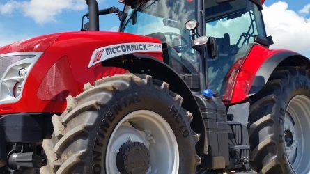 Megkezdte a McCormick traktorok forgalmazását az IKR Gépkereskedelmi Kft.