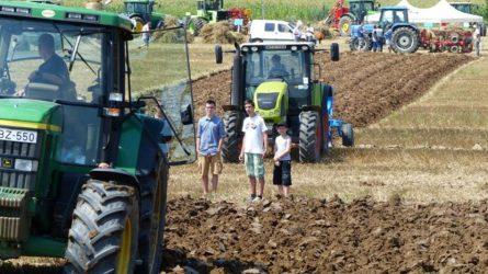 Elengedhetetlen a fiatalok bekapcsolódása az agráriumba