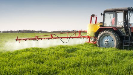 Kötelező bejelenteni időszakos műszaki felülvizsgálatra a növényvédelmi gépeket!