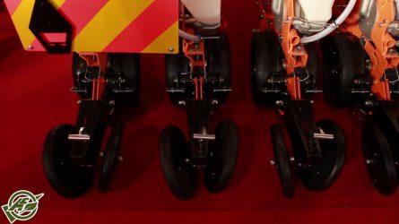 Költségtakarékos mezőgazdasági gépek a Vektor Holding Kft.-től - AGROmashEXPO 2017