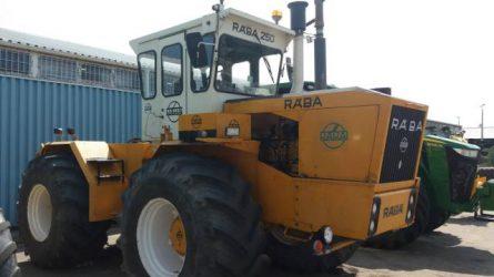 Ismét kapható lesz John Deere motoros Rába 250 traktor a KITE Zrt.-nél