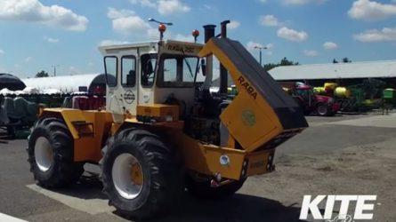 Videón az új John Deere motoros Rába 250