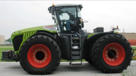 Rekordokat döntöttek a CLAAS XERION 4500 és 5000 traktorok
