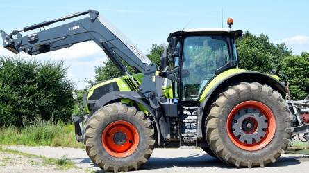 Több mint 2800 traktort vásároltak a magyar gazdák 2017-ben