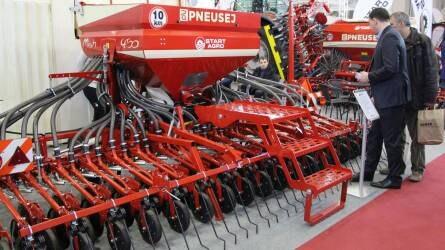 Pneusej vetőgépek - Nagy területteljesítmény akár 100 lóerős traktorral is
