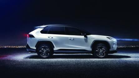 Megérkezett az új Toyota RAV4