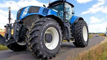 Gumiabroncs légnyomásának szabályozása mezőgazdasági gépeknél