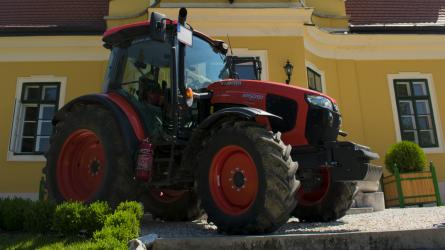 Túl van a 400. Kubota traktor értékesítésén a Két-KATA Kft.