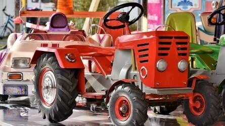 Lejtmenetben a traktorpiac – de a John Deere jól fogyott