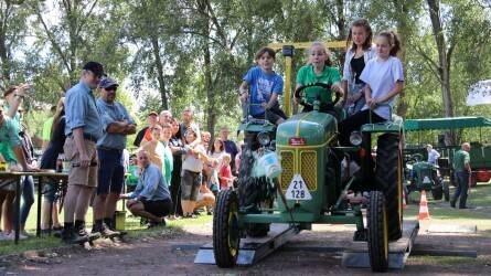 XIII. Solymári Traktor Találkozó