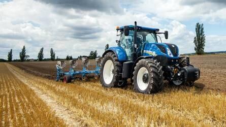 Erőteljes, hatékony, tetszetős, gazdaságos – New Holland T7