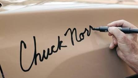 A Toyota keményebb mint Chuck Norris?