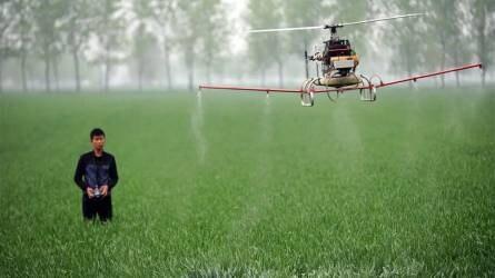 Talán a drónok visszacsábítják a fiatalokat?