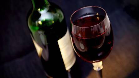 Nagyot csökkent a bor termelői ára