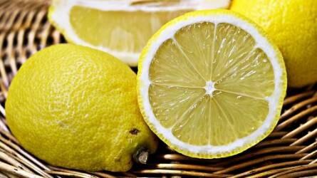Savanyú vizsgálatok - mennyi C vitamin van a citromban?