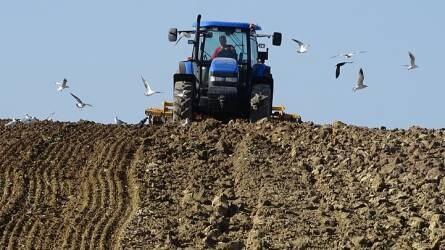 AgroFIELD Akadémia Konferencia – Katona András, AgroFIELD Programvezető a változó mélységű talajművelésről tart előadást
