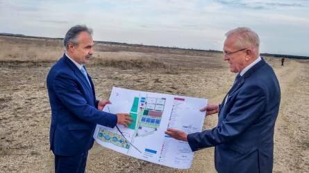 5000 új munkahely: épül a giga kertészeti központ