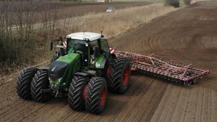 Kiváló háttértámogatás, megbízható erőgépek - A Tedej Zrt.-nél már bizonyítottak a FENDT traktorok