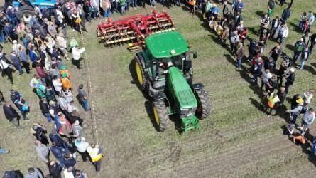 Esős aratást, lisztharmat-fertőzést és 6-8 tonnás búzát várnak a gazdálkodók