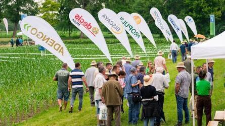 Bayer Farm: növényvédelmi technológiákkal ismerkedtek az egyetemi hallgatók
