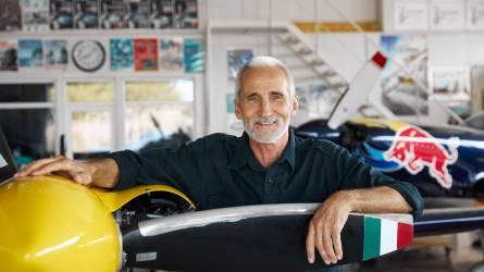 Besenyei Péter akkumulátoros kerti gépei és legújabb elektromos kisrepülőgépe
