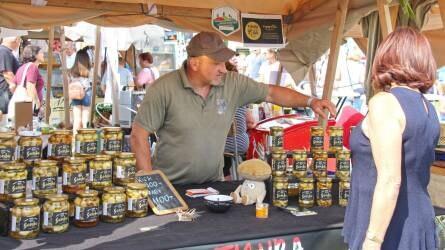 Ízesített chili, ecetes gomba és tizenhatféle sör Baranyából (+VIDEÓ)