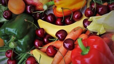 Rákellenes vegyületeket tartalmazó zöldségek és gyümölcsök