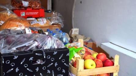 Több száz kiló élelmiszert ajánlottak fel jótékony célra az OMÉK kiállítói