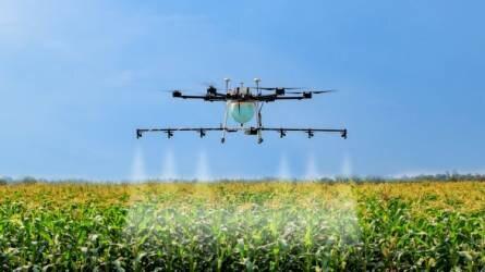 A kínai XAG Agri-tech óriás 20 millió hektár területen alkalmazza növényvédő drónjait