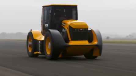 Megdőlt a traktoros végsebesség rekordja