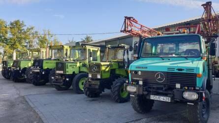 Permetező Unimog, és öt felújított MB-Trac - Mercedes traktorszerelem Dunavecsén